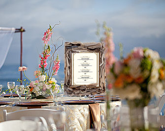 Using Driftwood in a Wedding