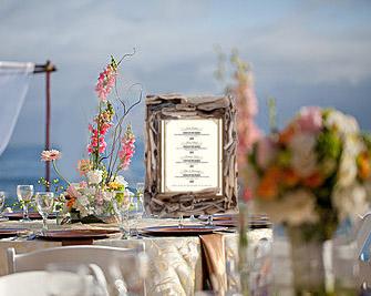 Using Driftwood in a Wedding