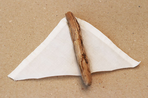 how to make Christmas Driftwood Sailboat ornaments
